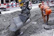 In Cham und Hünenberg kommt es in den nächsten Wochen zu Behinderungen. (Symbolbild Werner Schelbert)