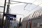 Bei der neuen Haltestelle Steinhausen Rigiblick stieg die Nachfrage im Jahr 2013 um 4,6 Prozent im Vergleich zu 2012. (Bild: Stefan Kaiser / Neue ZZ)