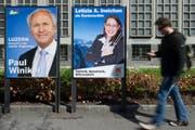 Wahlplakate anlässlich der letzten Regierungsrats- und Kantonsratswahlen vom 29. März 2015. (Bild: Anthon Anex / Keystone (Luzern, 24. März 2015))