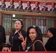 Der Sieger steht schon fest: Wählerinnen in der Hauptstadt Kairo. (Bild: Mohamed Hossam/EPA (26. März 2018))