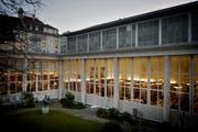 Ein Blick in den Innenhof der Zentral- und Hochschulbibliothek. (Archivbild Pius Amrein)