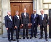 Die neue Luzerner Regierung (von links): Robert Küng (FDP, bisher), Marcel Schwerzmann (parteilos, bisher), Reto Wyss (CVP, bisher), Guido Graf (CVP, bisher) und Paul Winiker (SVP, neu). (Bild: bac)