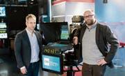 Greg Beitchman von CNN International (links) und Christophe Rasch, CEO von CNN Money Switzerland. (Bild: Facebook/CNN Money Switzerland.)