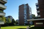 Hochhaussiedlung Alpenblick, erbaut 1964 bis 1971, von Architekt Josef Stöckli. Sie ist die erste Hochhaussiedlung des Kantons Zug, zählt zu den Hauptwerken des Architekten und ist nun Teil des Inventars der schützenswerten Denkmäler. (Bild: PD)