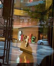 Internetfirmen wie Google zahlen oft wenig Steuern. (Bild: Michael Nagle/Getty (New York, 22. August 2016))