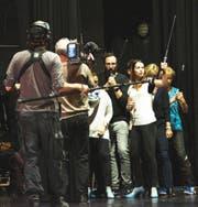 Die Crew des SRF bei den Dreharbeiten für den Imagefilm. (Bild: Mathias Arnold)