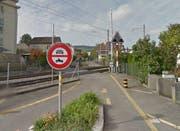 Der Bahnübergang Krienserstrasse soll aufgehoben werden. (Bild: Google Streetview)