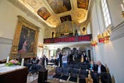 Die frisch renovierte Kapelle sowie die Orgel in der Villa St. Charles Hall in Meggen wurden gestern der Öffentlichkeit vorgestellt. (Bild Dominik Wunderli)