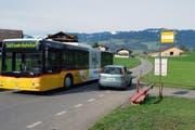 Auch in Zukunft fährt das Postauto von Flüeli-Ranft nur bis zum Bahnhof Sachseln. (Archivbild Neue OZ)