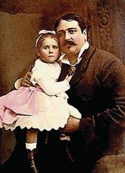 Tochter Fiorenza Cenci um 1880 mit Onkel William Augustus Spencer, der 1912 mit der «Titanic» unterging. (Bild: Schriftenreihe «Innerschweizer Schatztruhe»)