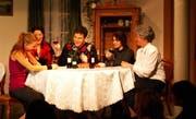 Das Theater «De Hahn im Chorb» in vollem Gange. (Bild Rosmarie Berlinger/Neue NZ)
