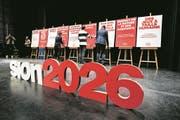 Preparation ce mardi 6 fevrier 2018 de la CP du debut officiel de la campagne Sion 2026 OUI, a l'Aula du Lycee-college des Creusets a Sion. (KEYSTONE/Olivier Maire) (Bild: Keystone/Olivier Maire (Sion, 6. Februar 2018))