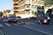 Der Knabe wurde auf dem Fussgängerstreifen in Buochs angefahren. (Bild: Kantonspolizei Nidwalden)