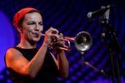 Eröffnete das Jazz Festival Willisau: Trompeterin Hilaria Kramer von La Suite. (Bild: Keystone)