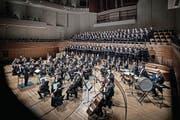 Das Orchestra Filarmonica Italiana Piacenza konzertiert mit zwei Chören im KKL. (Bild: Pius Amrein (Luzern, 18. März 2017))