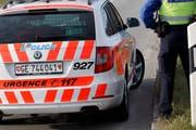 Die Genfer Polizei schickte den verletzten FCL-Fan ins Spital. (Symbolbild Keystone)