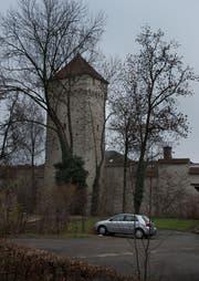 Der Pulverturm nach der Sanierung: ohne Efeu. (Bild: Boris Bürgisser / Neue ZZ)