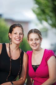 Ein erfolgreiches Team: die Schüpferi-Meitli Silvia (links) und Anita Bucher aus Buochs. (Bild Corinne Glanzmann)