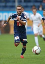 Jakob Jantscher sprintet um den Ball, hier am Pfingstmontag gegen den FC Zürich. (Bild: Philipp Schmidli)