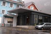 Diese Filiale der Schwyzer Kantonalbank in Gersau ist überfallen worden. (Bild Daniela Bellandi/Neue SZ)