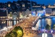 Tausende Menschen am Luzerner Fest. (Bild: PD)