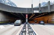 Er belegte im Tunneltest nur Platz 20 von 20: Der Gotthardstrassentunnel im Kanton Uri. (Bild: Keystone /Gaetan Bally)