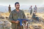 Der Armenier Aram (Syrus Shahidi) rächt sich an der Türkei und trifft auch einen Unbeteiligten. (Bild: PD)