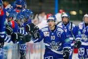 Die Zuger Elite-A-Junioren in der Bossard-Arena gegen Lausanne. In der nächsten Saison dürften die besten Junioren in dem vom EVZ gegründeten NLB-Team zum Einsatz kommen. Damit will der Verein die Nachwuchsarbeit weiter stärken. (Bild: Stefan Kaiser)