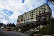 Das leer stehende Hotel Palace: Hier beginnen demnächst die Renovationsarbeiten. (Bild Nadia Schärli)