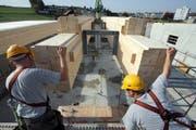 Der Neubau des Schulhauses Eichmatt ist nur ein Grund, weshalb Cham für eine nachhaltige Energiepolitik ausgezeichnet wurde. (Bild Christof Borner-Keller/Neue ZZ)