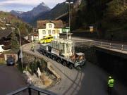 Anlieferung des neuen Trafos für das neue Kraftwerk Gurtnellen (Bild: PD (Gurtnellen, 2. November 2017))