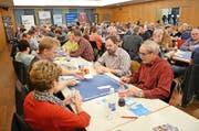 Die 11. Vorausscheidung zur 9. Zentralschweizer Jassmeisterschaft war in Hochdorf sehr gut besucht. (Bild: Claudia Surek)