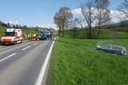 Die Unfallstelle zwischen Ruswil und Hellbühl. (Bild: Leserreporter)
