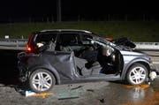 Ein Auto musste aufgeschnitten werden. (Bild: pd)