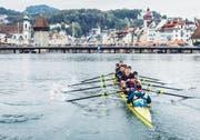 Um 14.15 Uhr startete das Rennen nach Luzern. (Bild: Lorenz Richard/Red Bull)