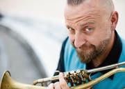 Ist gespannt auf sein Zusammenspiel mit den Zuger Musikern: der österreichische Trompetenvirtuose Thomas Gansch. (Bild: Maria Frodl/PD)