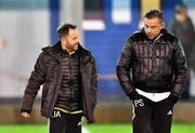 Urs Arnold, links, und Pedro Somoza trainieren den FC altdorf nur noch bis Ende Saison. (Bild: Andy Scherrer)