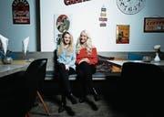 Die Miss-Zentralschweiz-Kandidatinnen, Livia Wyss und Laura Müller. (Bild: Stefan Kaiser (Zug, 1. März 2018))