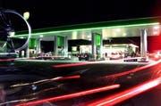 Die Tankestelle bei der Autobahn-Raststätte Neuenkirch. (Archivbild Neue LZ)