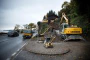 Die Arbeiten im Abbruchgebiet Horlaui in Weggis laufen. Das Bild stammt vom 6. November. (Bild: Dominik Wunderli)