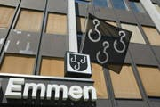 Die Stimmbevölkerung der Gemeinde Emmen hat die Initiative «Boden behalten, Emmen gestalten» angenommen. (Bild: Keystone/Urs Flueeler)