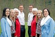 Im Doppelpack – die Zwillinge von vorne nach hinten: Mirjam (links) und Tamara Vetter, Rebecca und Leandra Küng, Anna Britschgi und Pia Lustenberger, Beat und Geri Durrer. (Bild Pius Amrein)