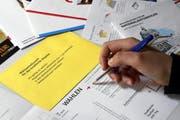 Wahlsonntag: Die Zwischenergebnisse der Wahl werden künftig auch im Kanton Zug wieder mitgeteilt. (Bild: Werner Schelbert / Neue ZZ)