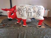 Im Rahmen der Zuger Stierparade werden Werke von Künstlern und Schulklassen gestaltet.