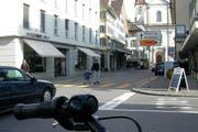 Auch der Hauptplatz in Schwyz wäre von der Tempo-30-Zone betroffen gewesen. (Bild: Archiv Neue LZ)