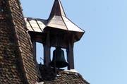Diese Glocke wartet auf ihren alljährlichen Einsatz. (Bild: Archiv / Neue LZ)