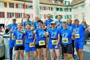 Die LZ-Läuferinnen und -Läufer frohgelaunt vor dem Start zum 27. Willisauer Lauf. (Bild Claudia Surek)