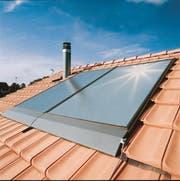 Im Kanton Schwyz sind die Beiträge für Investitionen in erneuerbare Energien - im Bild Sonnenkollektoren - ausgeschöpft. (Bild: PD)