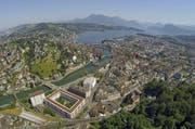 Blick auf die Stadt Luzern. (Bild: Luftaufnahme René Meier / luzernerzeitung.ch)