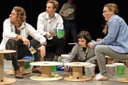 Mitglieder von Ecco Rondo bei der Generalprobe zur Jubiläumsproduktion.Bild: Nadia Schärli (8. November 2016, Luzern)